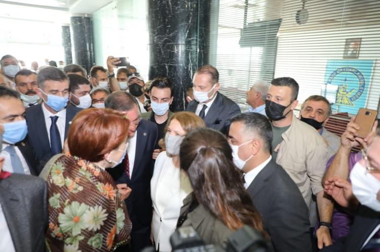 İYİ Parti Genel Başkanı Akşener Hatay'da esnafı ziyaret etti