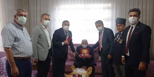 Arslan, Yayman Ve Yavuz Gaziler Gününün 100. Yılında Vefa Örneği Sergiledi