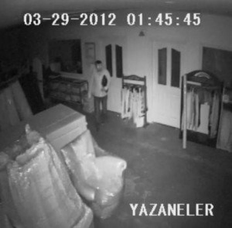Fabrika hırsızlığı güvenlik kamerasında...