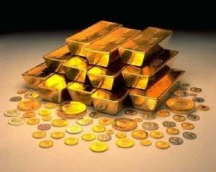 Yastık altının ucu göründü