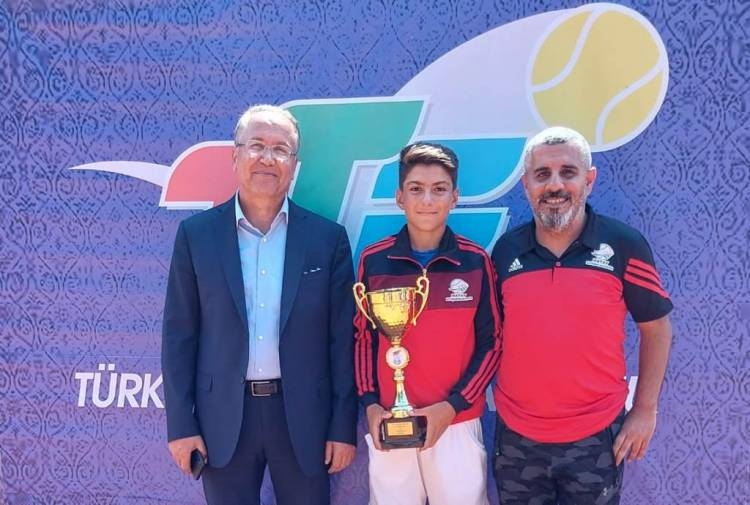 Milli Tenisçi Gökpınar'dan Büyük Bir Başarı Daha